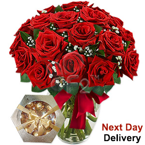Ruby Blanc - 18 Red Roses