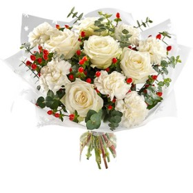 White Christmas In Germany.Germany Flower Delivery Fa 20152 Snowy White Christmas